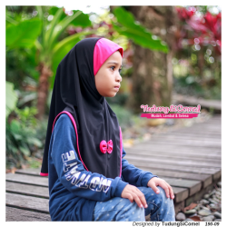 Marshmallow (LIMITED EDITION) Black Deep Pink 190-09
