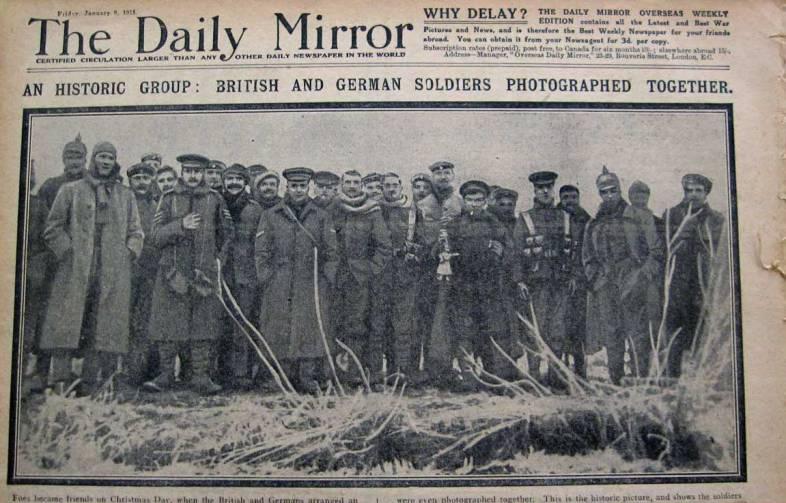 Portadas de periódicos internacionales, cuyos titulares destacaron los hechos relevantes durante la primera guerra mundial, cuyo contenido fue monitoreado por los países que intervinieron en las agencias de prensa para influenciar a las personas.