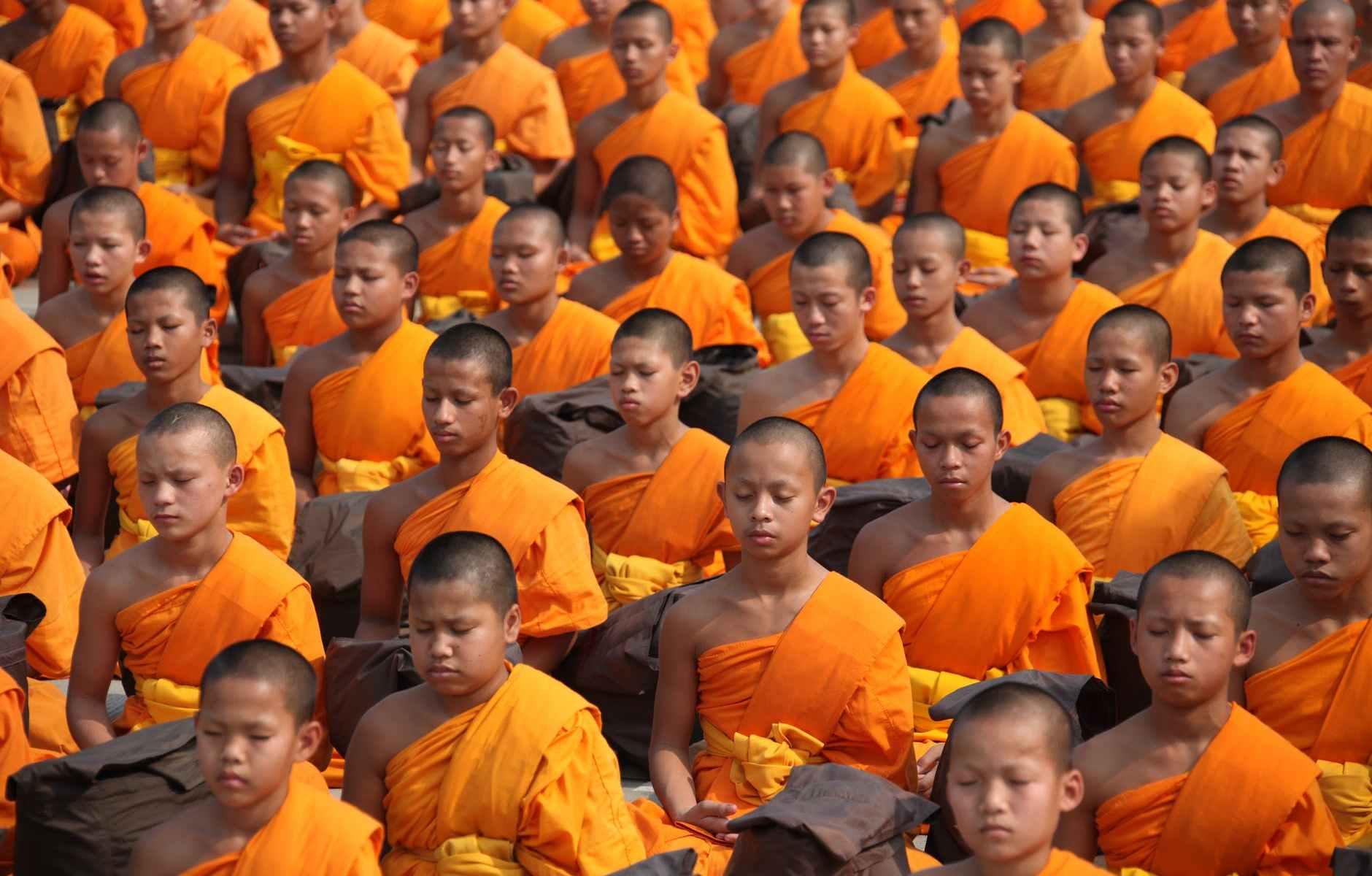 Monjes budistas