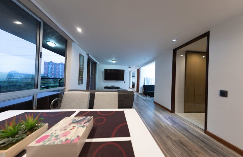 Se vende Apartamento en Pontevedra Bogota de 103m2