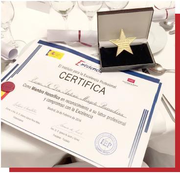 """Nos otorgan  El Galardón """"Estrella de Oro"""" 2017"""