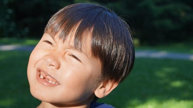 Los niños de 6 años deben visitar al dentista