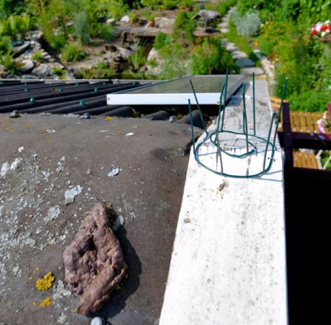 Poep op ons dak... een mysterie..._html_409bc5