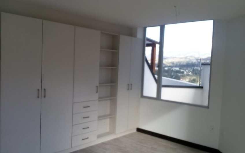 Departamento 2 dormitorios Cumbaya