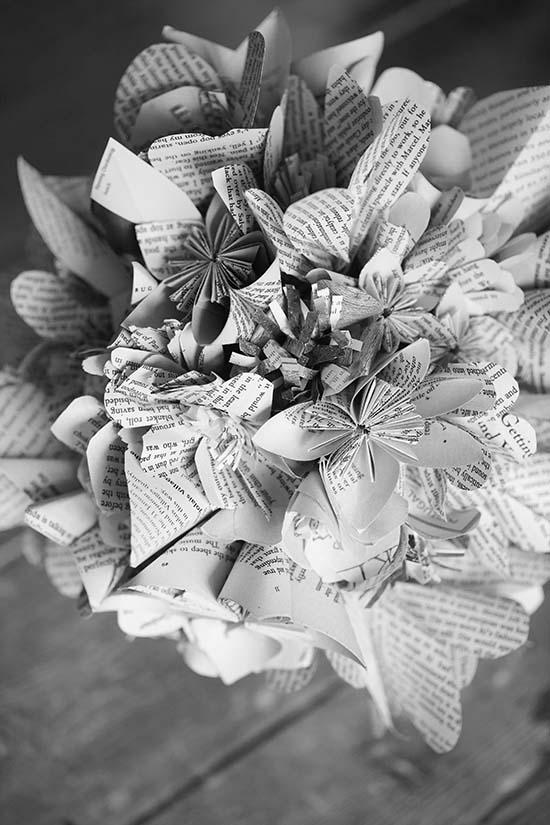 Bookquet.Blackandwhite