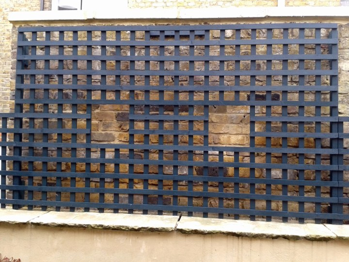 bespoke-trellis-screen-for-top-of-wall-Clapham-london