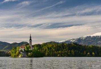 BLED - nad jeziorem
