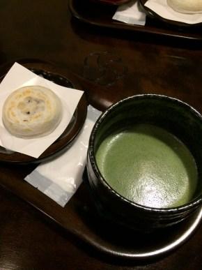 太宰府のカフェかさのやの抹茶セット