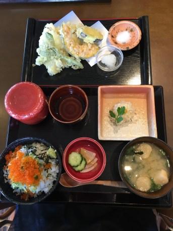 糸島のイカの海鮮丼