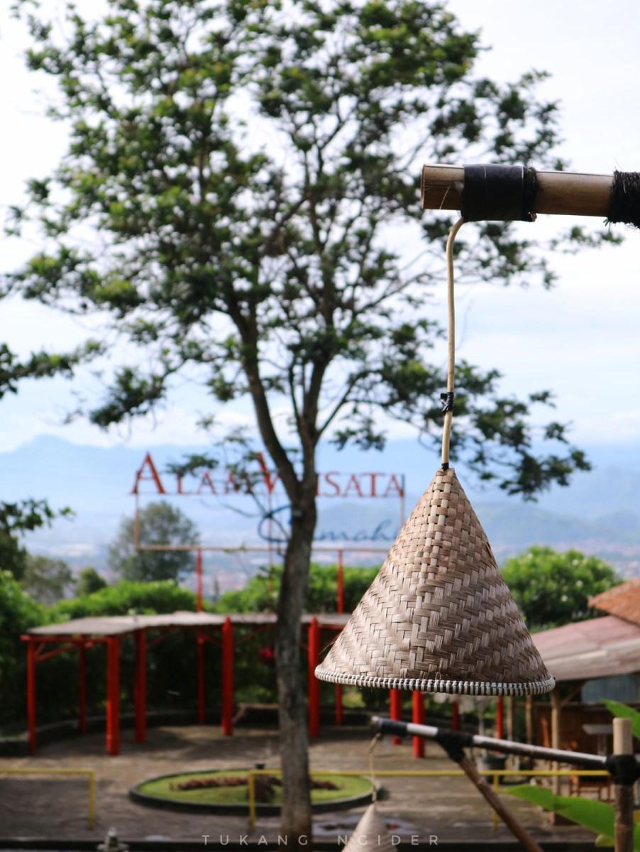 Alam Wisata Cimahi: Wisata Paket Lengkap Keluarga di Lembang