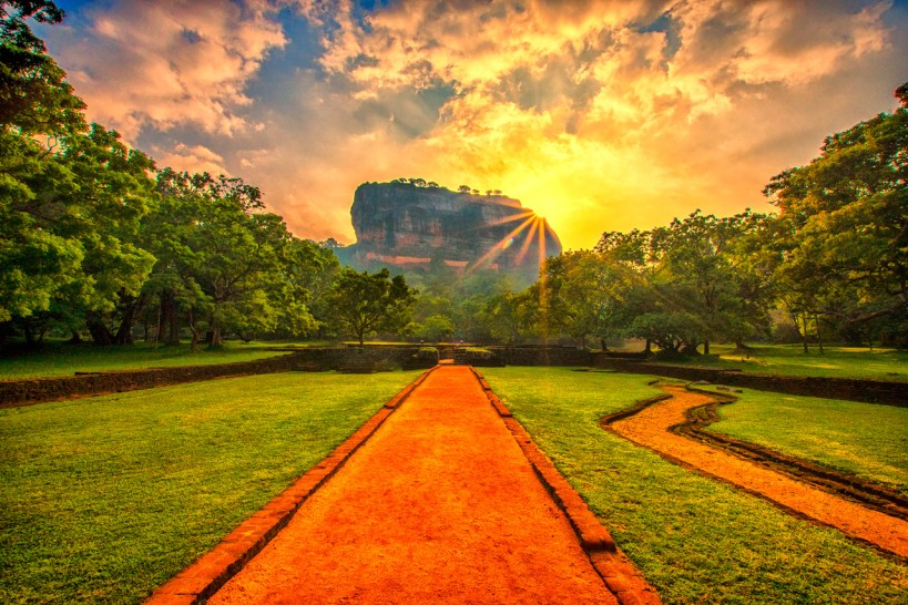 Sigiriya-Rock-Fortress-1