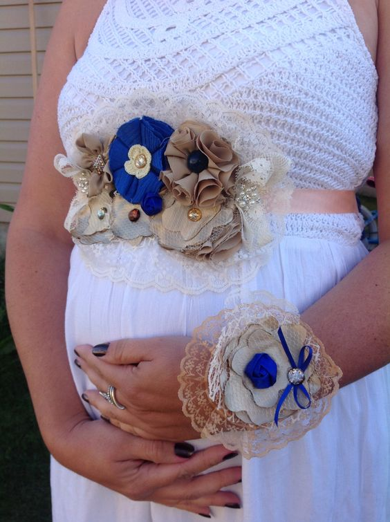 Baby Sock Corsage-Baby Shower Corsage Boy-Mommy to be Corsage.