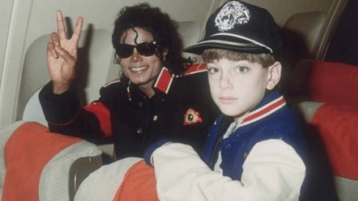 Believing Neverland: A commentary on Leaving Neverland and a Dialogue about Sexual Assault