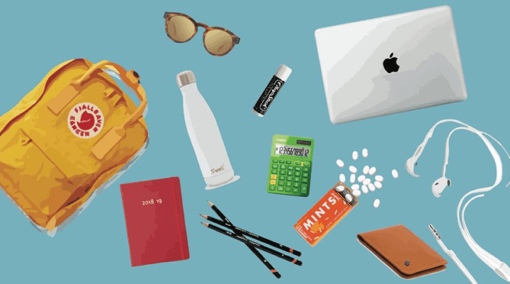 What's In Your Backpack? The Essential Items Every College Student Needs