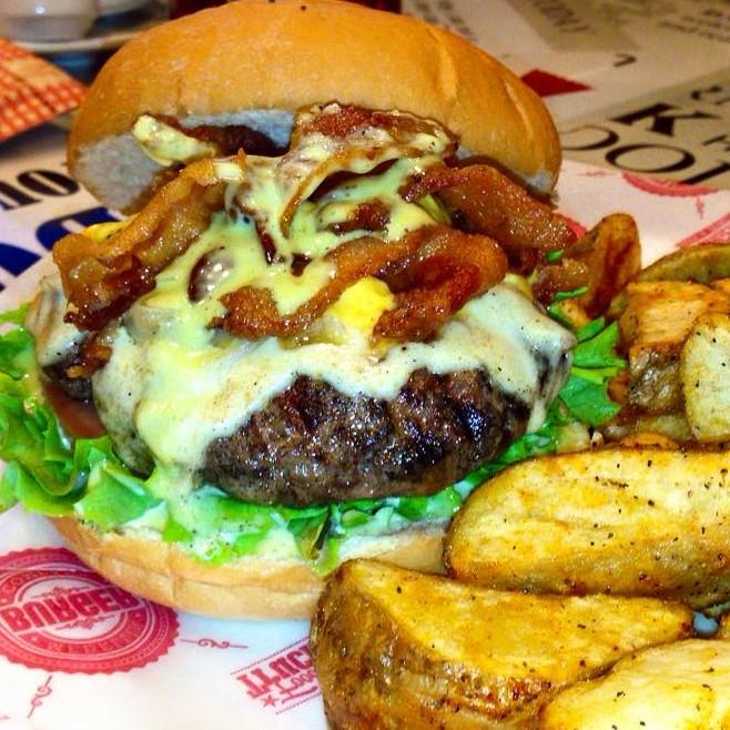 medellin burger company la mejor hamburguesa de medellin