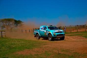 Única dupla feminina do grid compete pela L200 Triton ER. Foto: Alex Rayol