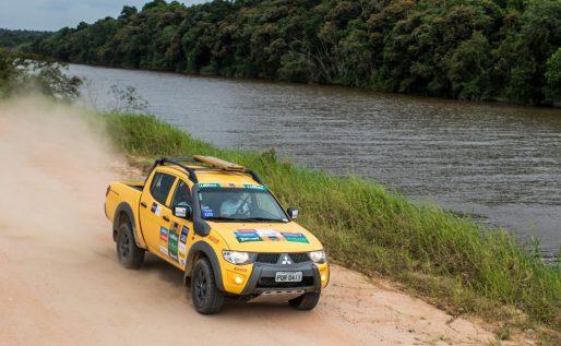 Trilhas e estradas da região são os cenários da aventura Crédito: Marcio Machado / Mitsubishi