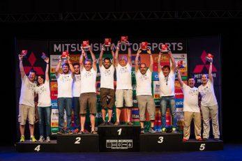 No final da etapa, os melhores de cada categoria são premiados Crédito: Tom Papp / Mitsubishi