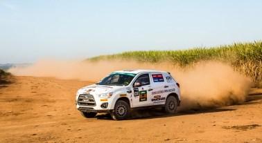 Trechos de alta velocidade empolgaram as duplas Crédito: Ricardo Leizer/Mitsubishi