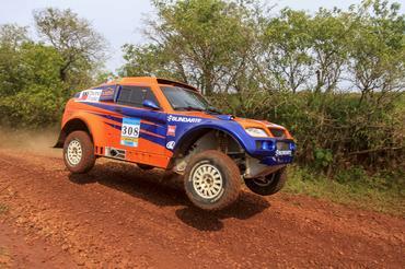 Reinaldo Varela/Gustavo Gugelmin garantiu a vitória entre os carros (Luciano Santos/DFotos)
