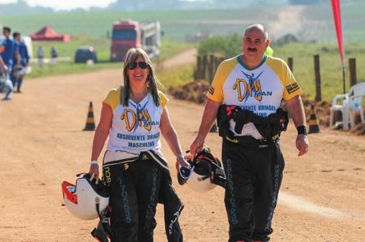 Celso e Belén Macedo irão realizar o sonho de competir no Rally dos Sertões (Divulgação)
