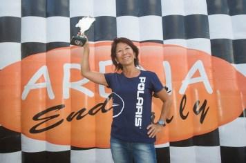 Helena Deyama no pódio do X Rally Rota Sudeste (Doni Castilho/DFotos)