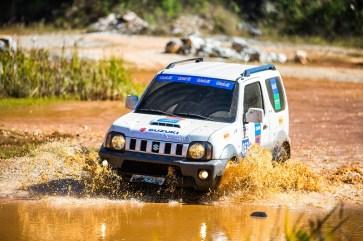 Sábado também contará com etapa do Suzuki Extreme. Foto: Tom Papp / Mitsubishi