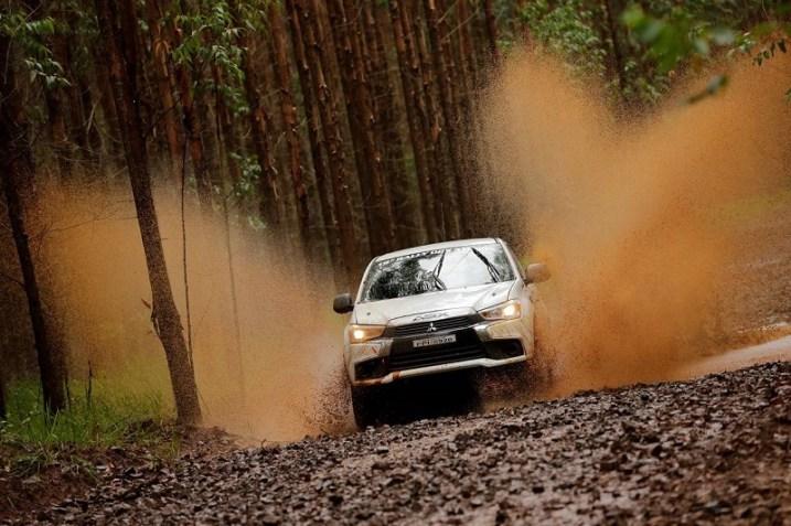 ASX RS estreio com vitória no Campeonato Brasileiro de Rally Cross-Country. Foto: Andre Chaco / Fotop