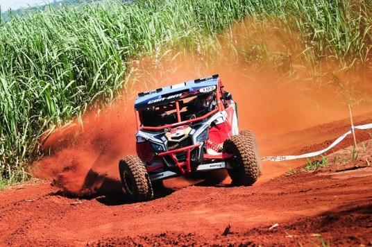 Bruno Varela a bordo do UTV Can-Am Maverick X3 X RS no Rally Barretos Crédito: Doni Castilho/DFotos