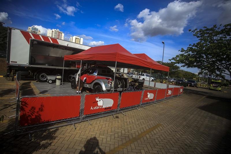 Luiz Facco/Humberto Ribeiro testaram o carro para o Rally dos Sertões (Luciano Santos/DFotos)