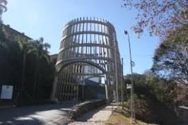 Bento Gonçalves é pioneira e famosa pela produção de vinhos de alta qualidade.