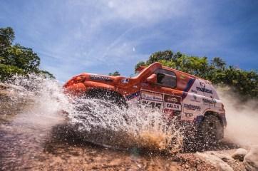 Equipe Cadasso Racing em contagem regressiva (Victor Eleutério/Fotop)