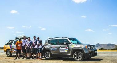 Equipe na estrada a caminho de Goiânia, local da largada (Rallien Martins)