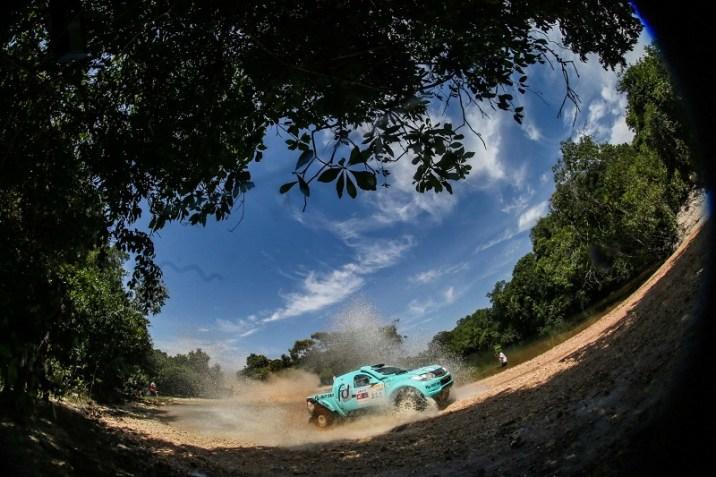 Fontoura/Minae seguem líderes na Pró Brasil, após quatro etapas (Sanderson Pereira/ PhotoEsporte)