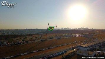 Parque fechado após o prólogo no autódromo em Goiânia. Foto: Léo Magalhães / Tulipa Rally
