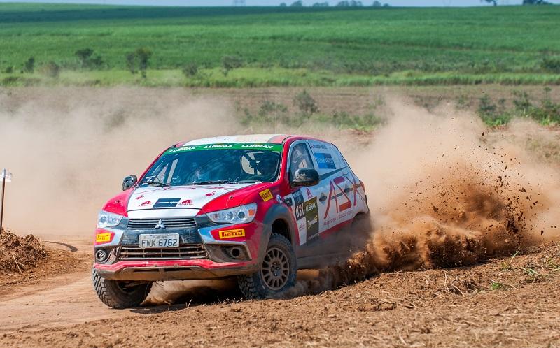 ASX RS venceu o Sertões pela primeira vez. Foto: Marcio Machado / Mitsubishi