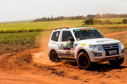Desafios off-road esperam as duplas do Mitsubishi Outdoor. Foto: Ricardo Leizer / Mitsubishi