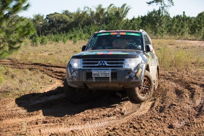 Ralis da Mitsubishi chegam a Campos do Jordão (SP). Foto: Ricardo Leizer / Mitsubishi