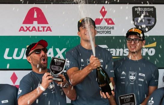 Pódio L200 Triton Sport RS Mitsubishi Cup (Crédito Márcio Machado)