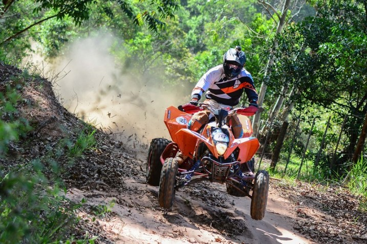 O 20º Rally dos Amigos teve 120 quilômetros de trecho cronometrado (Lucas Carvalho/Photo Action)