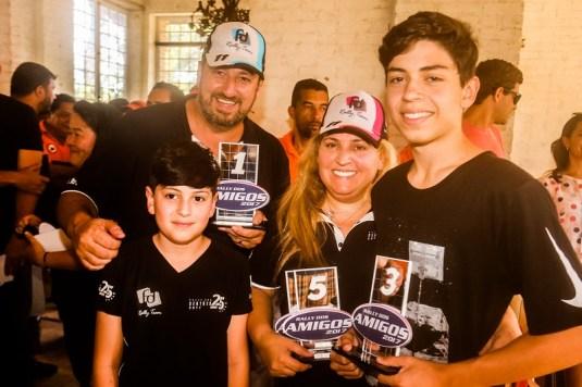 Três pilotos na família com três pódios: Fontoura, Sandra e Giovanni (Sanderson Pereira/PhotoEsporte)