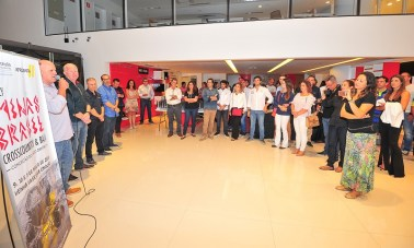 A cerimônia de premiação para os campeões aconteceu na Casarini Mitsubishi (Doni Castilho/DFotos)