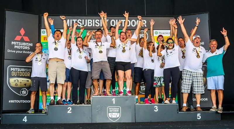 No fim de cada etapa, as melhores equipes são premiadas. Foto: Cadu Rolim/Mitsubishi