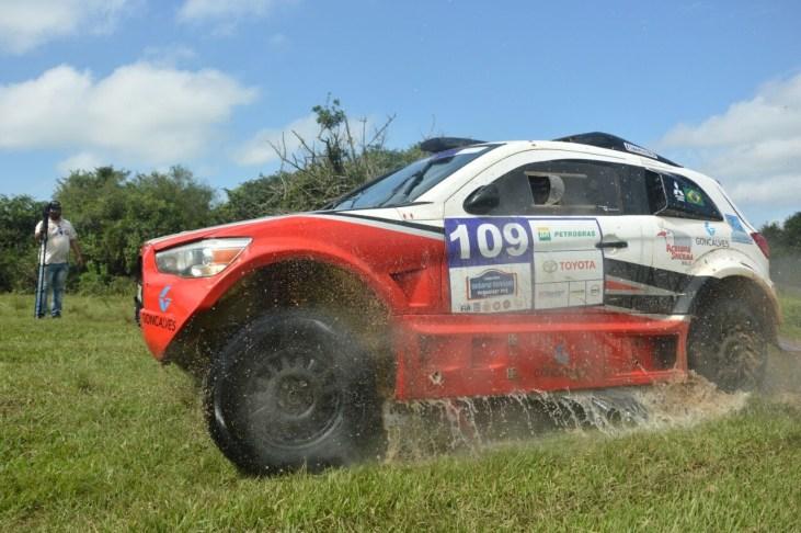 Estreia no Desafio Guarani com os mais rápidos do grid. Foto: JJ Lopez/Puromotorpy