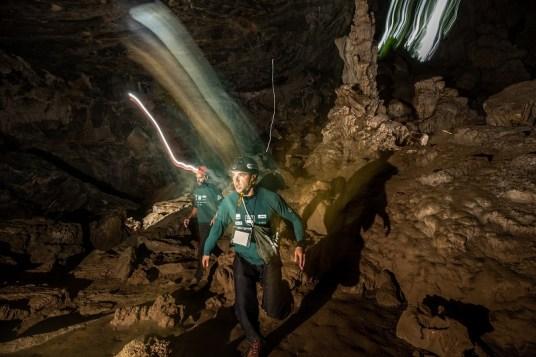 Travessia em cavernas foi o ponto alto da prova. Foto: Ricardo Leizer / Mitsubishi