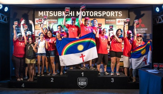 Pódio da categoria Turismo Light (Foto: Ricardo Leizer / Mitsubishi)