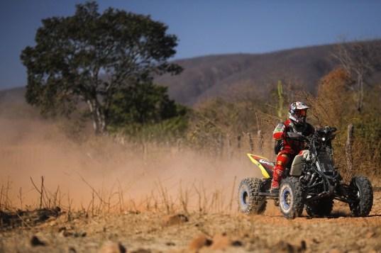 Giovanni Filho foi o melhor da quinta-feira nos quadriciclos (Marcelo Machado de Melo/Fotop/Vipcomm)