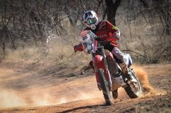 Tunico Maciel segue na liderança nas motos (Gustavo Epifânio/Fotop/Vipcomm)