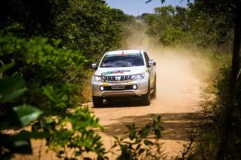 Duplas desbravaram a região baiana (Foto: Adriano Carrapato/Mitsubishi)