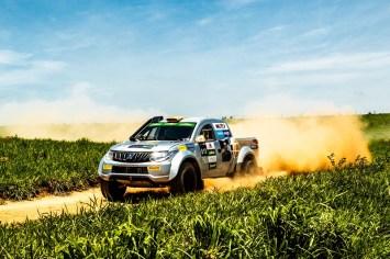 Rali cross-country de velocidade terá três provas de 30km cada (Foto: Ricardo Leizer/Mitsubishi)